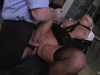 Milf gets double fucked apart from two imperceivable men apropos huge dicks